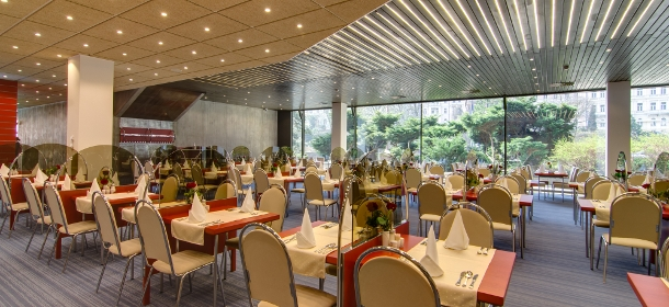 Hoteleigenes Restaurant des 4-Sterne Spa & Kurhotels THERMAL